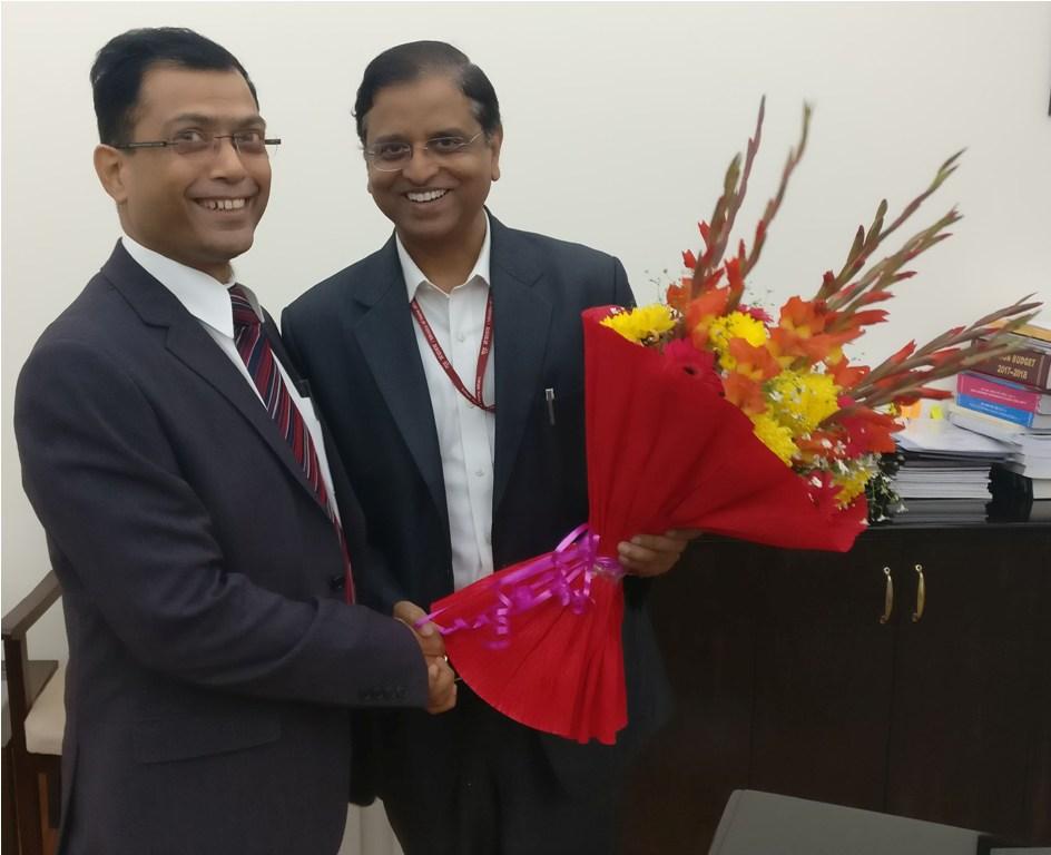 मुख्य सचिव अजय सिंह ने केन्द्र सरकार के महत्वपूर्ण विभागों के सचिवों से मुलाकात की