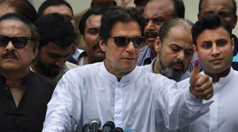 इमरान खान के कहा पाकिस्तान दुनिया की सर्वश्रेष्ठ क्रिकेट टीम बनेगी