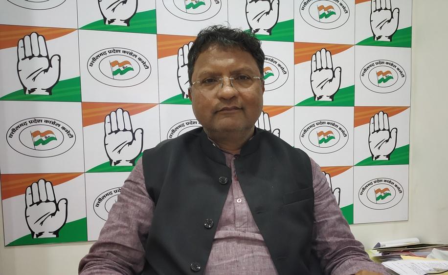 अब रमन सिंह बताएं कि पनामा पेपर्स वाले अभिषाक ही उनके बेटे अभिषेक सिंह हैं या नहीं: कांग्रेस