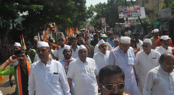 प्रभारी मंत्री रविन्द्र चौबे के अगुवाई में निकली गांधी विचार पदयात्रा – गिरीश दुबे