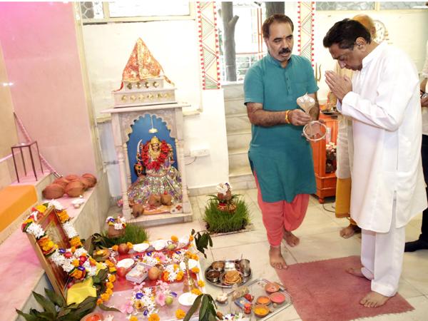 मुख्यमंत्री कमल नाथ ने नवरात्र पर किया अष्टमी-पूजन