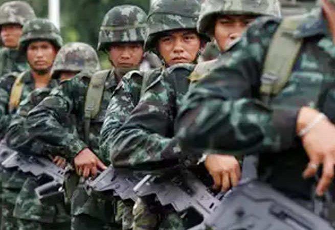 चीन आर्मी ने LAC के पास बढ़ाई सैनिकों की ट्रेनिंग