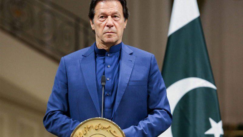 कश्मीर राग अलापने वाले इमरान अपने घर में घिरे