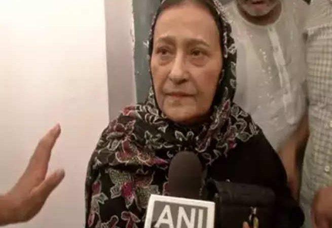 रामपुर विधानसभा उपचुनाव 2019 रिजल्ट: आजम खान की पत्नी तंजीन फातिमा आगे