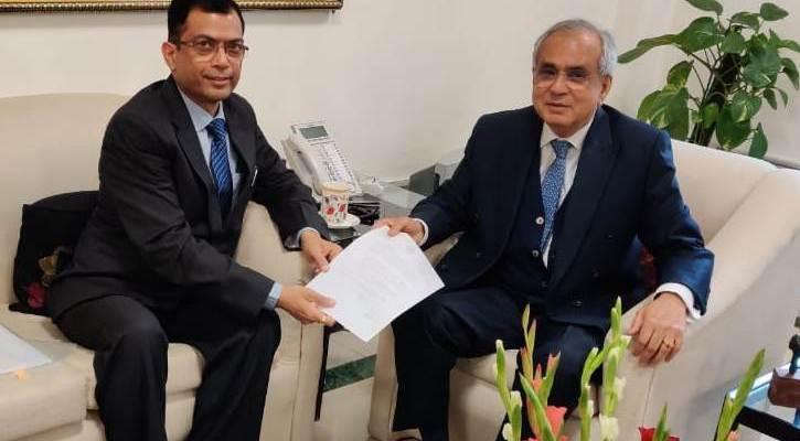 अजय सिंह ने नीति आयोग के उपाध्यक्ष और सी.ई.ओ. से की मुलाकात