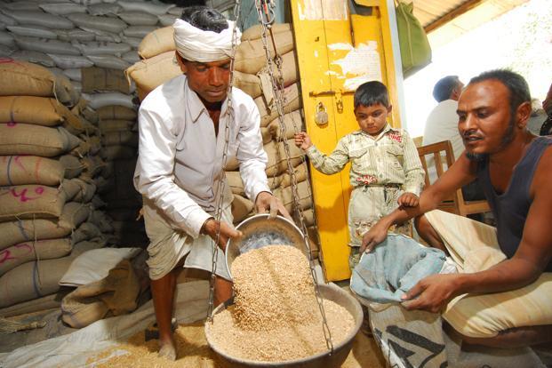 राशन कार्ड धारियों को फरवरी एवं मार्च का चावल मिलेगा एक साथ खाद्य विभाग द्वारा आबंटन आदेश जारी