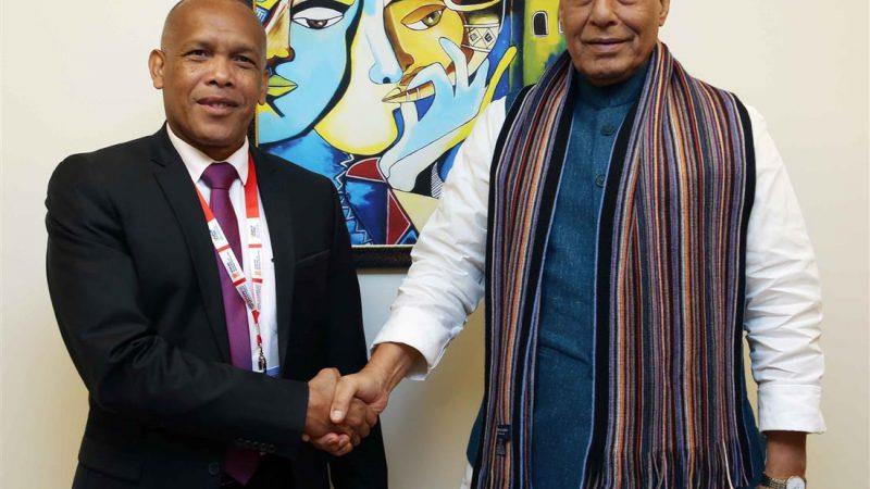 भारत और मेडागास्कर के रक्षा मंत्रियों के बीच हुए द्विपक्षीय वार्ता