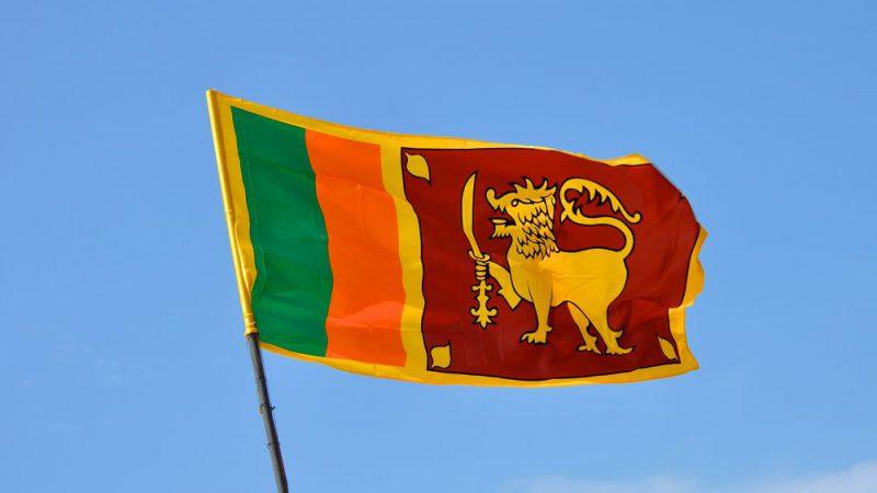 श्रीलंका सरकार ने अगले दो सप्ताह के लिए त्यौहारों और बैठकों सहित सामूहिक समारोहों पर प्रतिबंध लगाया