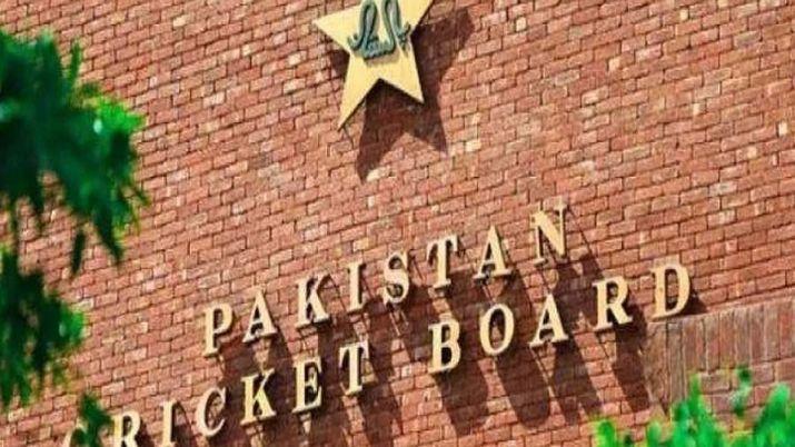 पाकिस्तान क्रिकेट बोर्ड ने प्रीमियर टी-20 टूर्नामेंट के बाकी मैच स्थगित किये