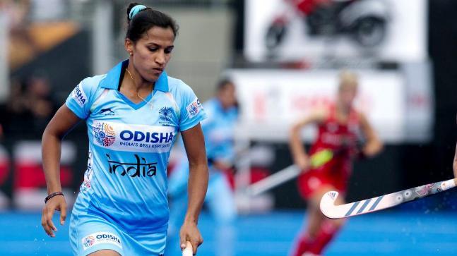 भारतीय पुरूष और महिला हॉकी टीम के कप्तान मनप्रीत सिंह और रानी 2019 के सर्वश्रेष्ठ खिलाड़ी के ख़िताब से सम्मानित