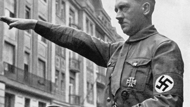 …तो क्या अंटार्कटिका में हुई थी हिटलर की मौत?