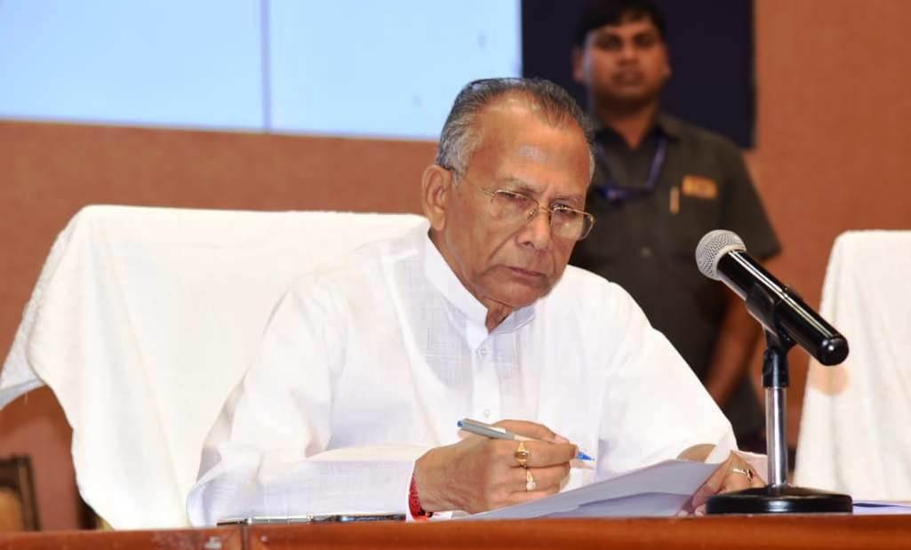 'पुलिस स्मृति दिवस' पर गृहमंत्री ताम्रध्वज साहू ने अमर शहीदों को किया नमन
