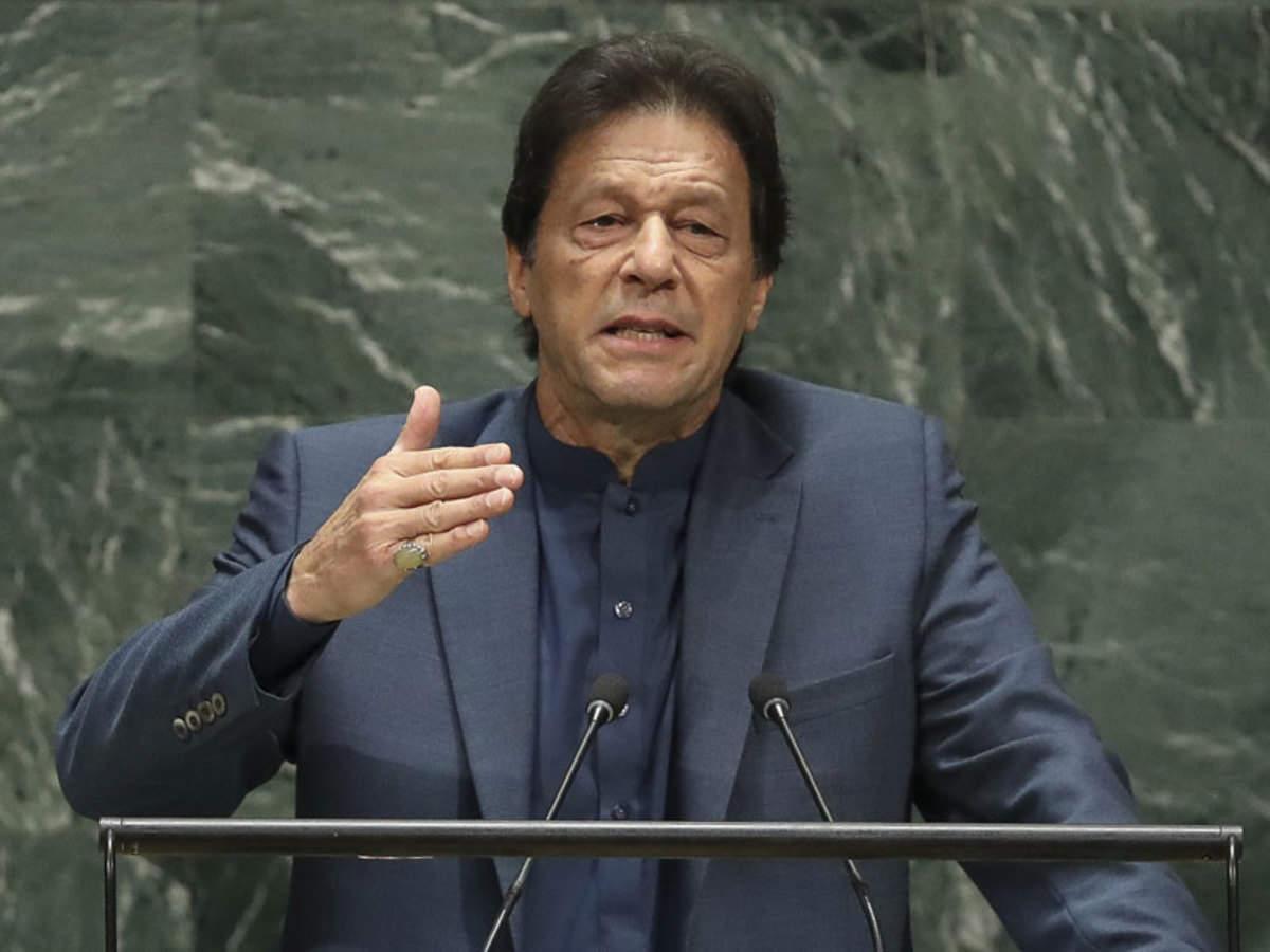 कराची हमले के पीछे भारत का हाथ: इमरान खान