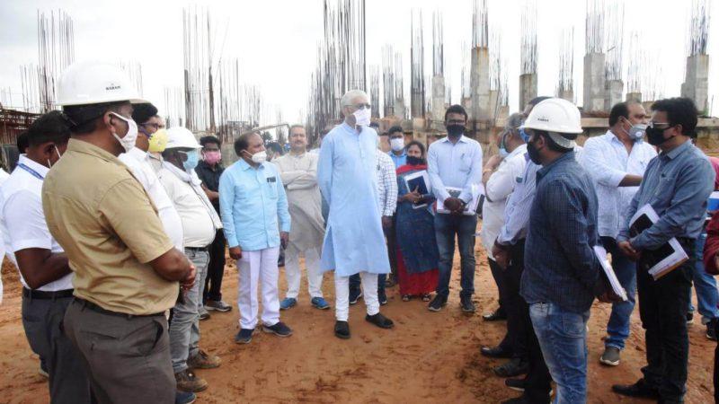 स्वास्थ्य मंत्री सिंहदेव ने की अंबिकापुर मेडिकल कॉलेज की व्यवस्थाओं की समीक्षा