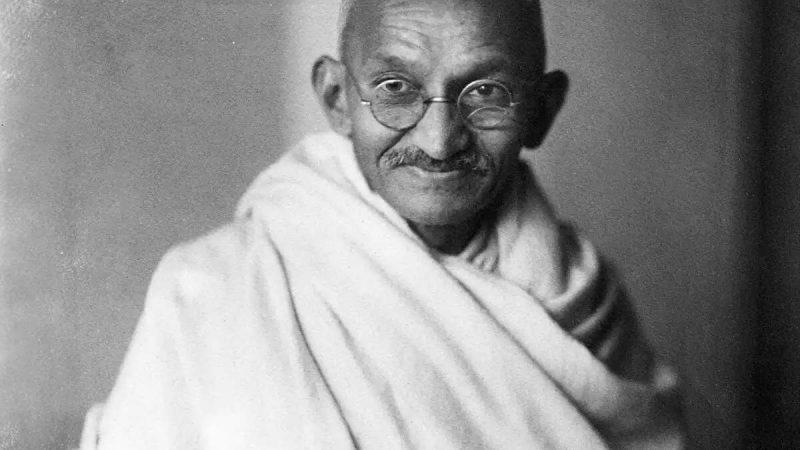 ब्रिटेन में नीलाम होंगे गांधीजी के पहने हुए चश्में