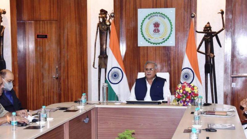 अनुसूचित जनजाति वर्ग के विचाराधीन प्रकरणों के निराकरण में  तेजी लाएं : मुख्यमंत्री बघेल