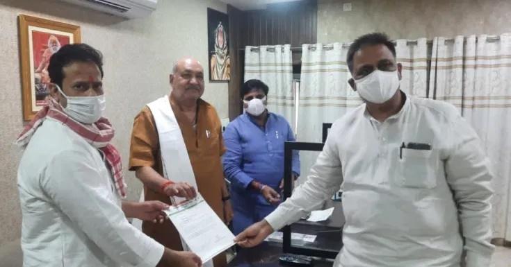 प्रभारी मंत्री रविंद्र चौबे से मुलाक़ात कर लाँकडाउन लगाने की माँग की : गिरीश दुबे