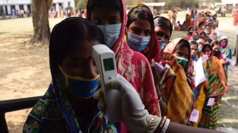 कोरोना फैलता देख सर्वदलीय बैठक, बंगाल में क्या एक साथ होंगे चुनाव? EC ने दिया जवाब