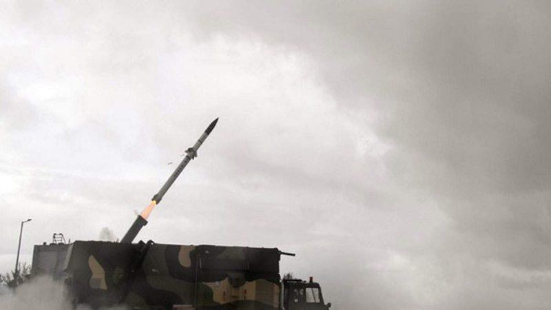 दो दिन में दूसरी बार आकाश मिसाइल का सफल टेस्ट , जमीन से हवा में करती है मार