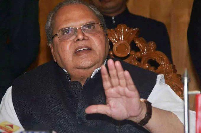 सत्यपाल मलिक के सवालों से असहज हुई बीजेपी, किसान आंदोलन, अंबानी की फाइल के बाद अब गोवा का भ्रष्टाचार